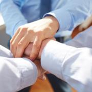 Manos unidas | Talento y Compromiso Organizacional